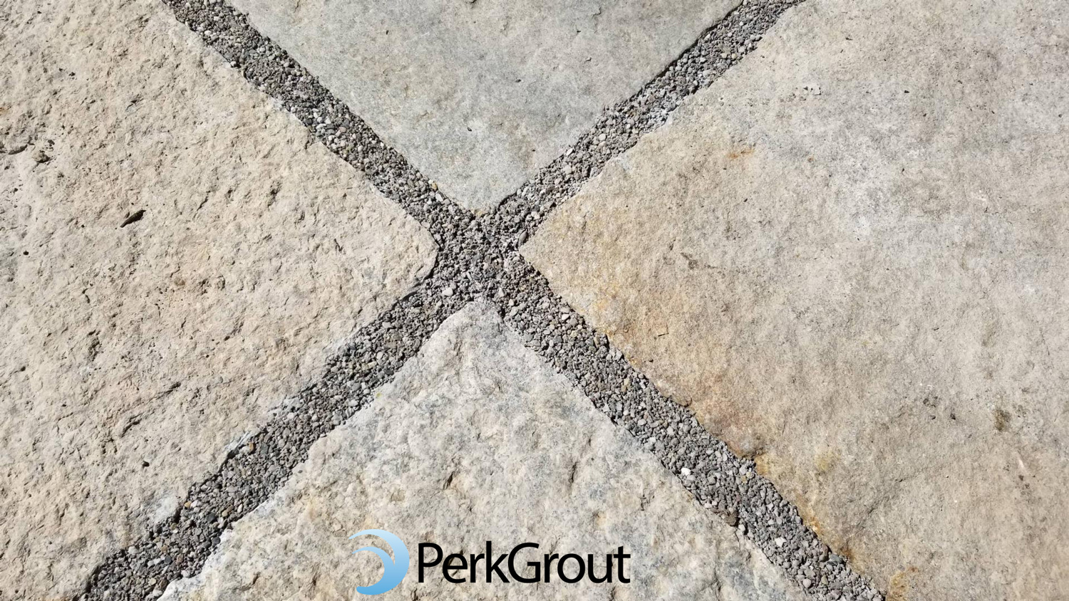 PerkGrout-Grey-with-Precut-Stone-Up-Close