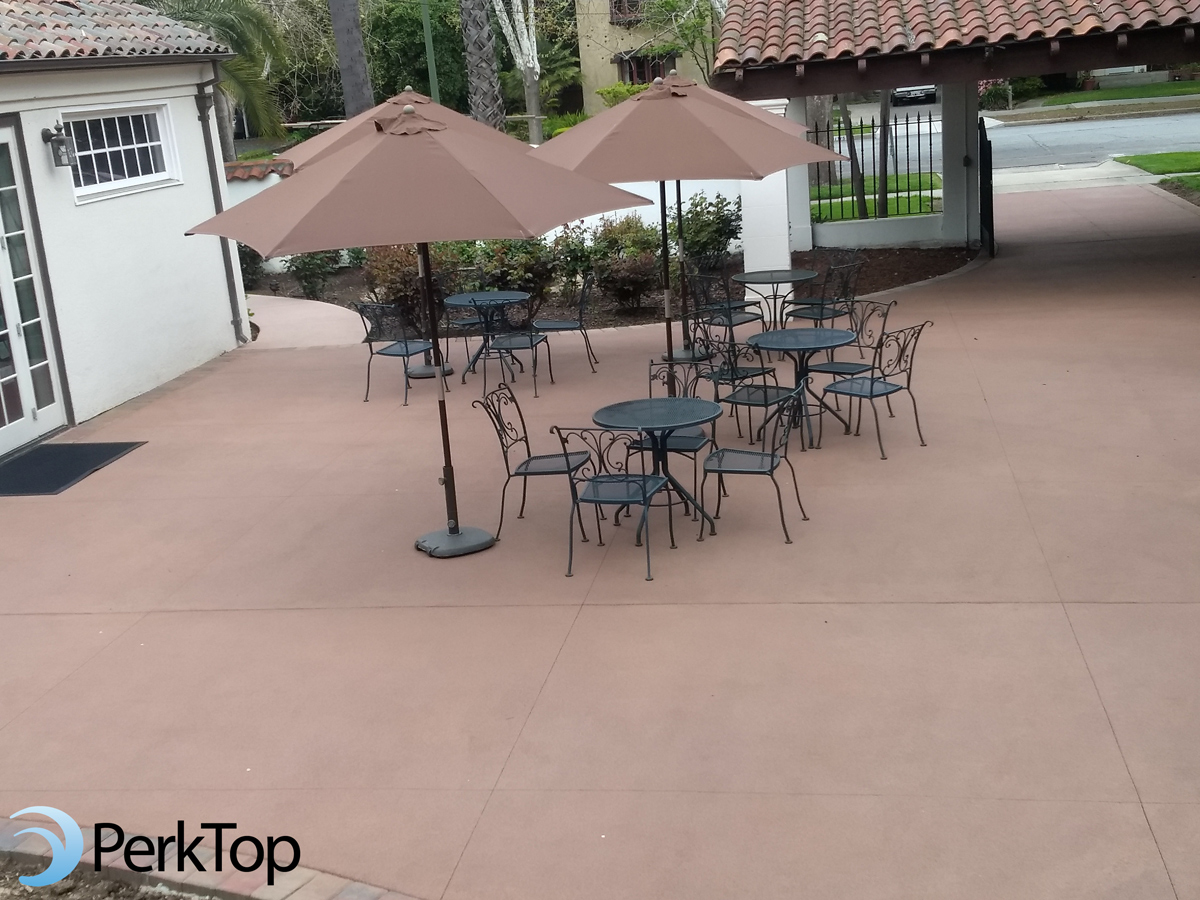 PerkTop-permeable-church-courtyard