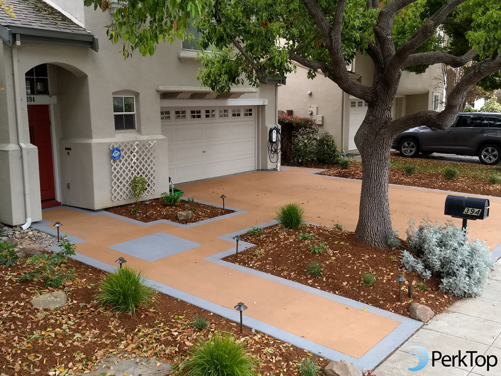 PerkTop-permeable-concrete-with-contrasting-color-border